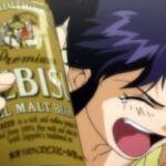【悲報】葛城ミサトさん、絶望的に手が届かない位置にビールを置かれる